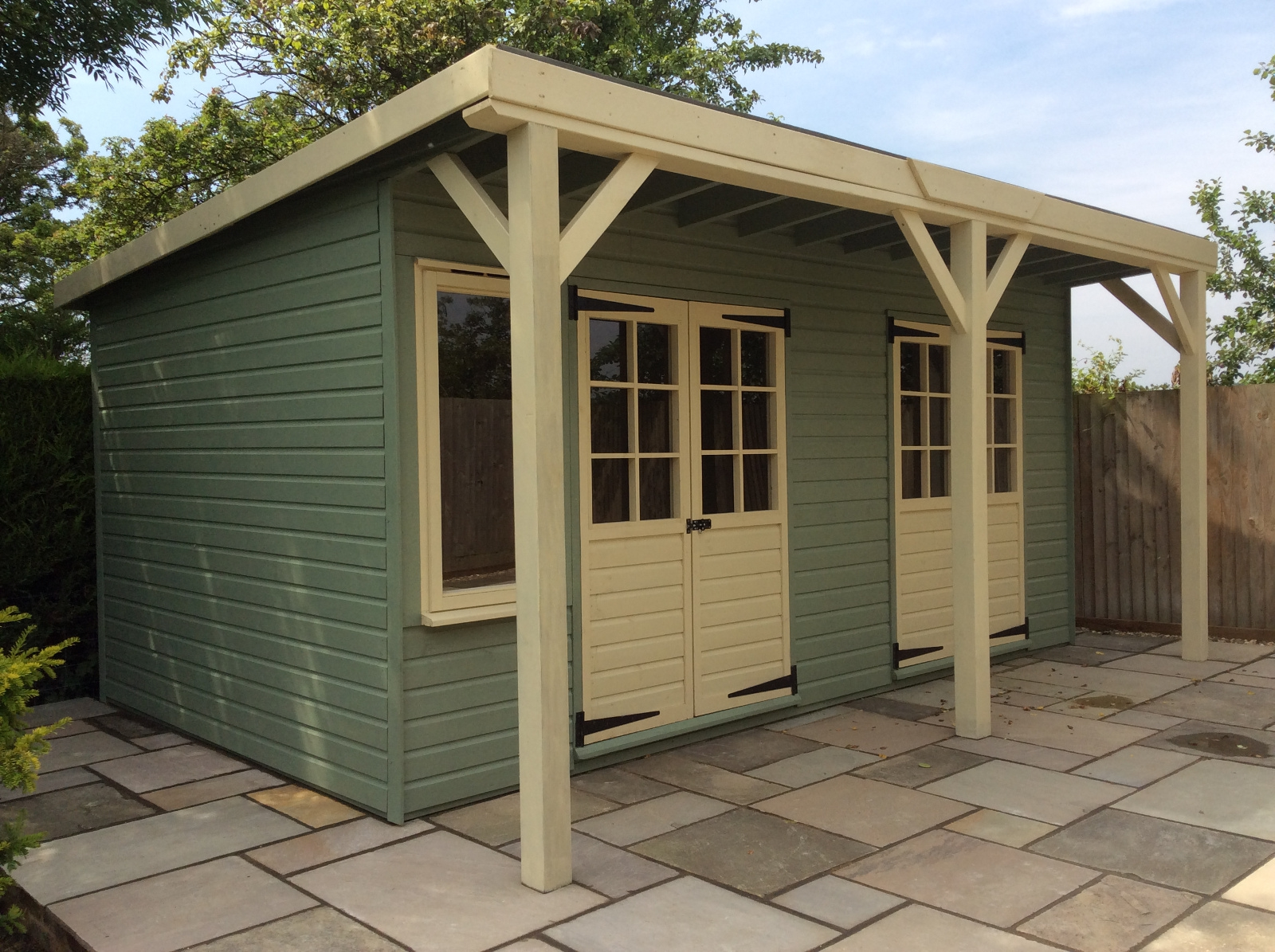 Smartsheds | Bespoke Building | Home Office | Garden Building | Garden Office